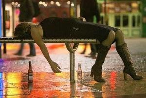 passed out girls 127 Bêbados | Fotos Engraçadas