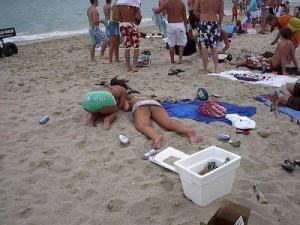 passed out girls 61 Bêbados | Fotos Engraçadas
